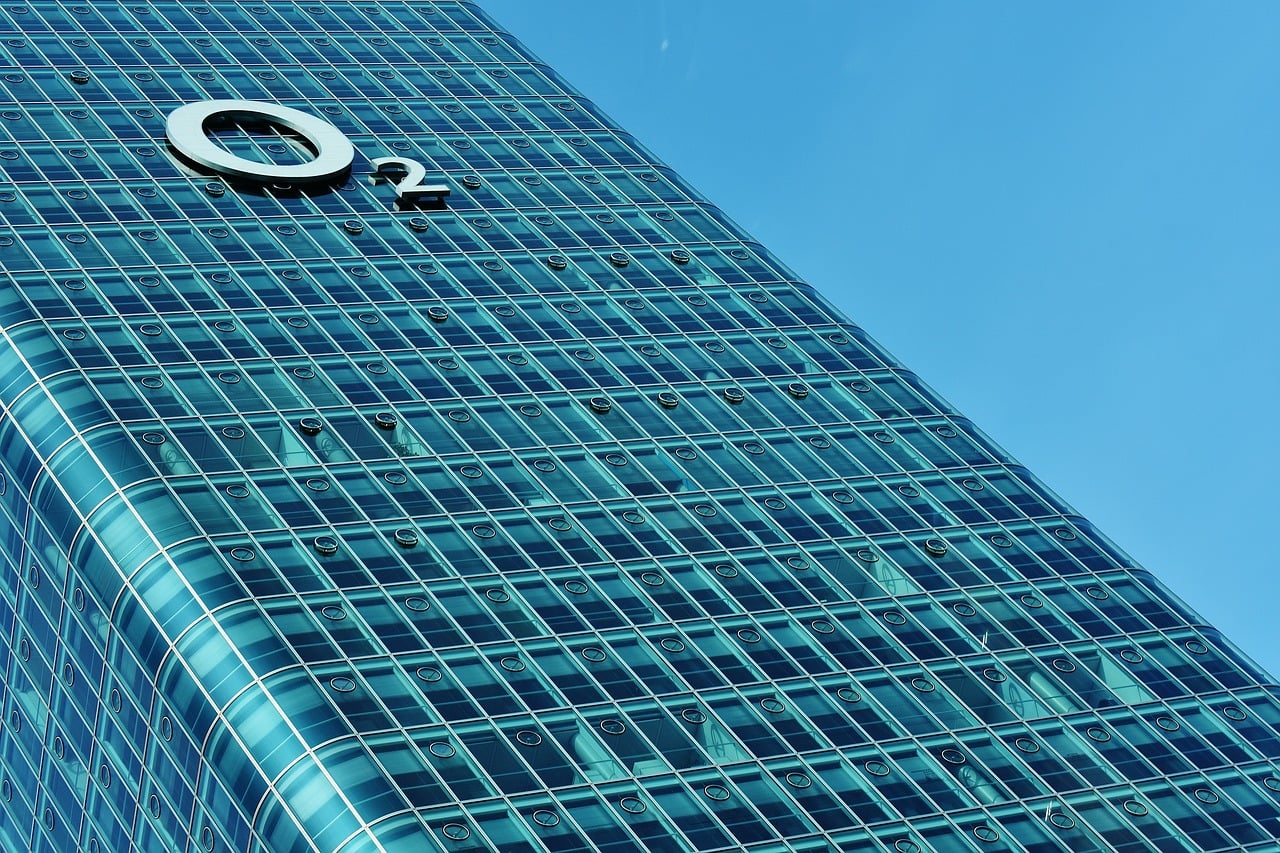 O2 Network Suffers Massive Outage: What's Causing The Issue?