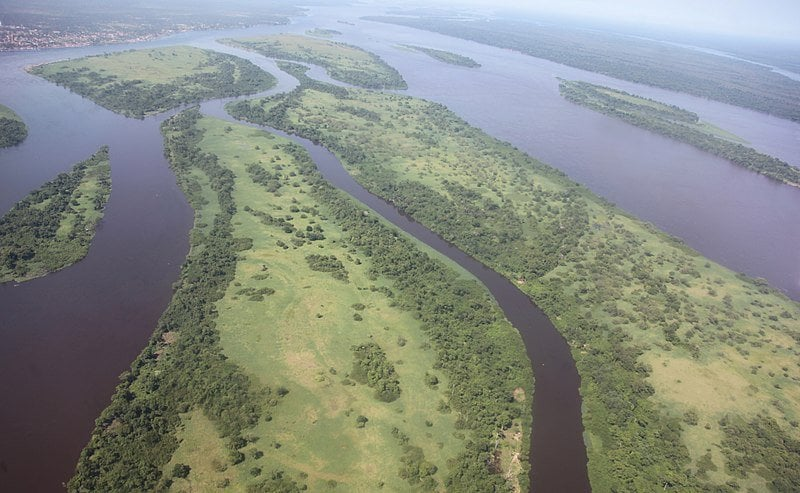 800px-Aerial_view_of_the_Congo_River_near_Kisangani
