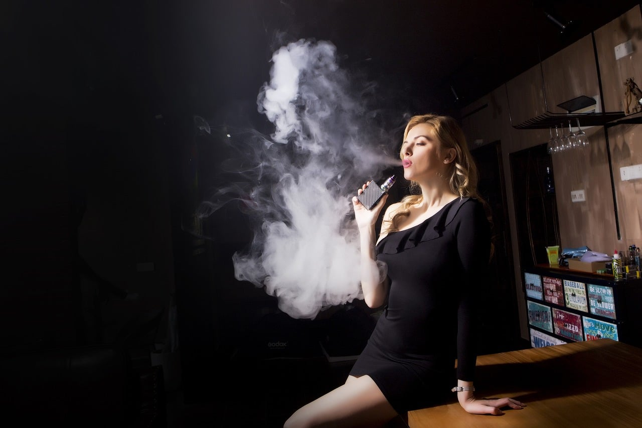 Vaping vs smoking cigarettes: Which of the two evils is less dangerous?